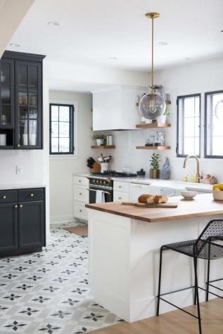 retro-kitchen-idea-flooring-tiled-floor
